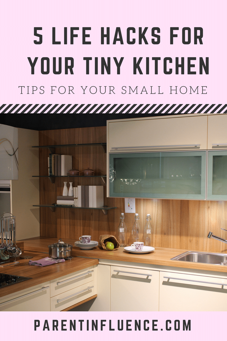 5 life hacks for the owner of a small kitchen. Whether you rent or own, these life hacks will surely help you make that kitchen look fabulous soon.